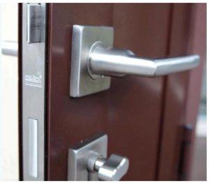 Pintu Dan Kusen Aluminium